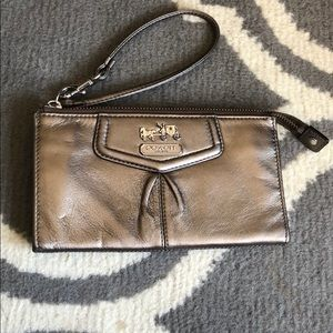 Coach wristlet/wallet metalic